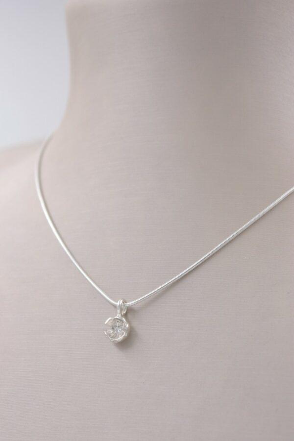collier diamant et argent Fabrication artisanale dans le vieux lyon