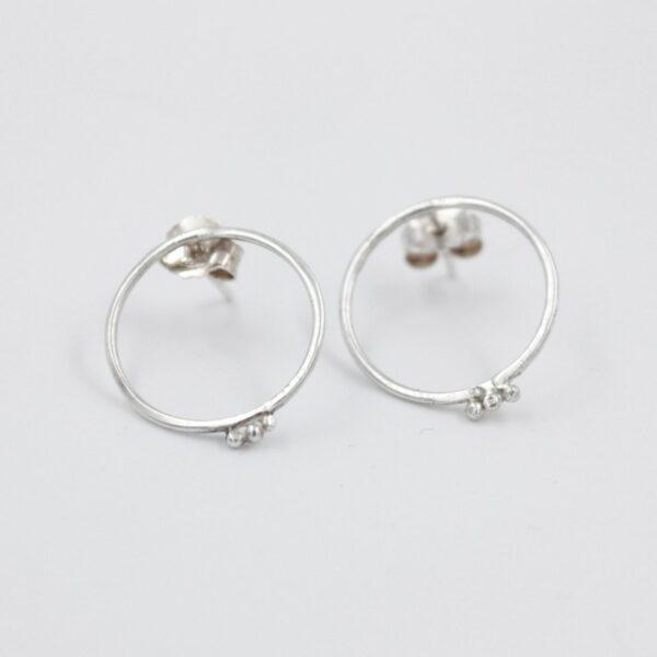 Boucles d'oreilles pendantes pépites en argent Fabrication artisanale dans le vieux lyon